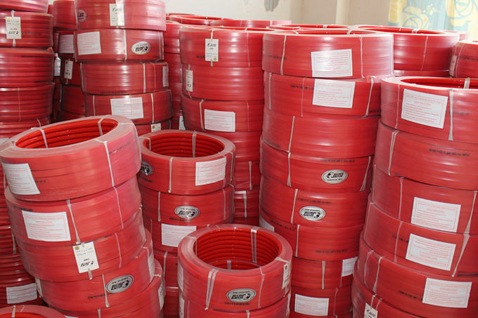 Red Polyurethane PU extruded belt Hardness 90A Tear Strength